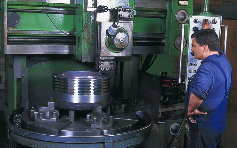 machining to standard (2)